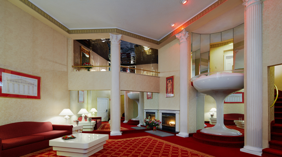 Guide to Pocono Palace Resort, a couples only resort in the ...